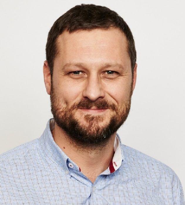 Photo portrait of James Sporle