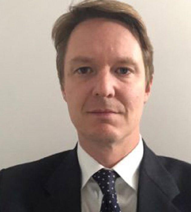 Photo portrait of Simon Francis